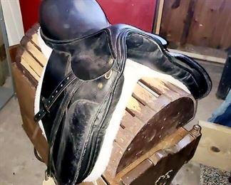 1 of 7 English saddle