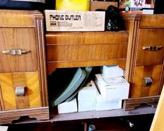 Vintage 4 drawer dressing piece.