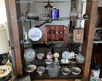 awesome vintage display shelf with lights, tons of Asian porcelain and collectibles