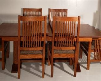 Nichols and Stone mission style solid oak dining room table and 6 Nichols and Stone mission oak dining chairs
