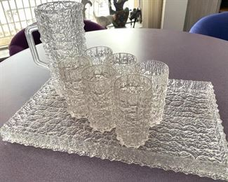 """Vintage Textured Acrylic Beverage Serving Set.This fun retro set induces a pitcher, six glasses and coordinating tray. The tray measures 19"""" x 11.8"""" and the tumblers are 5.75"""" H"""