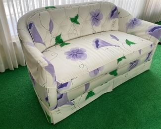 """Very nice sofa in off white and purple floral pattern. Very clean and in very good condition. Was used a formal living room, so rarely sat on Measures 54"""" L x 26"""" D x 28"""" H"""