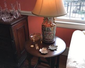 Pair of Rose Medallion lamps, pair round oak end tables