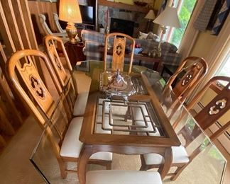 Thomasville Mystique dining table with 6 chairs