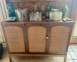 Lane vintage bar