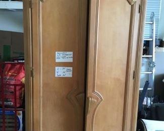 Bernhardt Blonde Armoire - Bedroom set incl. bed and nightstands $999 ($12k new) (Photo 1/4)