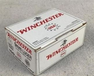 Mfg - (100)Winchester Model - White Box Caliber - 9mm Luger Located in Chattanooga, TN Condition - 1 - New This is a box of (100) Winchester 9mm range ammo with 115 grain full metal jacket projectiles. These are suitable for target practice at the range.