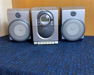 Phillips FM AM CD Tape Player