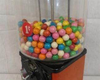 VIEW 2 SIDE 1CENT GUMBALL MACHINE