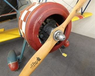 VIEW 3 FRONT AIRPLANE PROPELLER