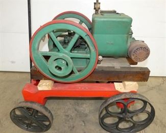 ORIGINAL 1 1/2 HP HIT & MISS ENGINE WITH PULLING CART