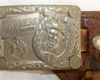 VIEW 3 CLOSEUP W/ ROY ROGERS BUCKLE