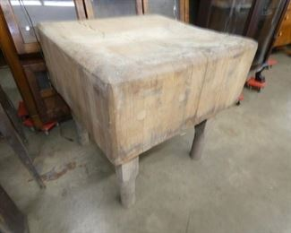 VIEW 2 SOLID BUTCH BLOCK TABLE