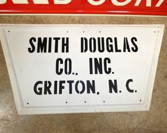 VIEW 2 BOTTOM SIGN W/ DEALER GRIFTON NC