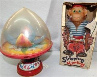 CHEIN TULIP TOP/BO SKIPPING MONKEY