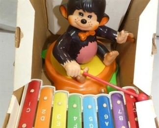 VIEW 2 INSIDE CHIMP W/XYLOPHONE