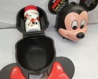 VIEW 2 MIKEY & MINNIE LUNCH BOXES