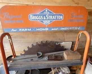 VIEW 2 TOP BRIGGS & STRATTON