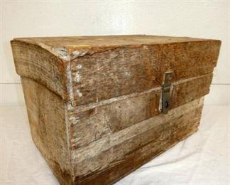 EARLY WOODEN  HERCULES POWDER BOX