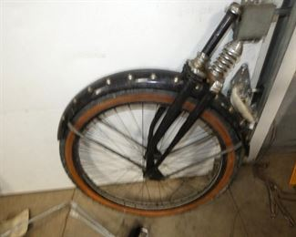 VIEW 2 FRONT WHEEL W/SPRINGS