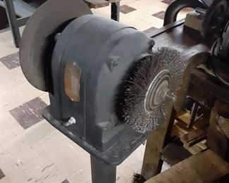 Vintage stand-alone grinder