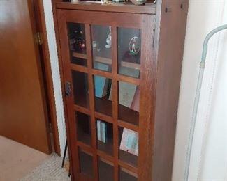 2008 Stickley one door bookcase