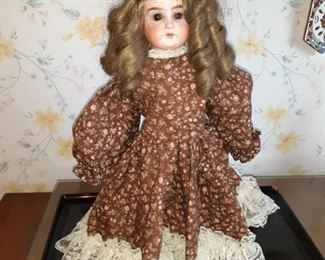 Lilly amand doll
