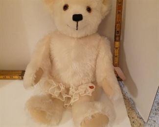 Small Steiff Bear.  Michelle D Clise 1983 Ophelia