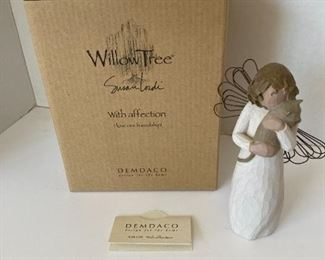 """Willow Tree """"With Affection"""""""