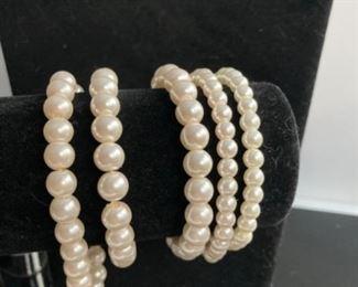 Pearl Jewelry bracelets