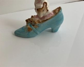 """Beatrice Potter """"The old lady who lived in a shoe.""""  1959"""
