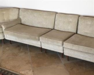 MID CENTURY MODERN FABRIC SECTIONAL SOFA