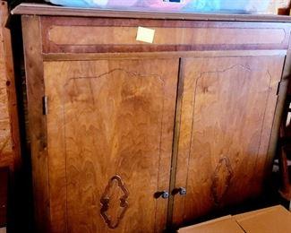 Vintage/Antique storage chest