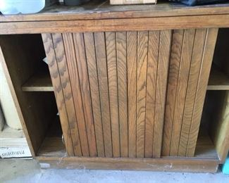 $200. Vintage Arts & Crafts Oak 4 Shelf Bookcase