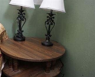 lamps, round tier table