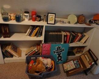 books, decor