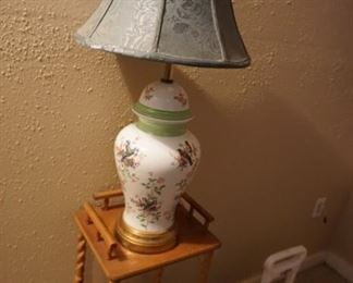 lamp, small table