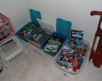 Nice lot of Legos- sold as 1 lot