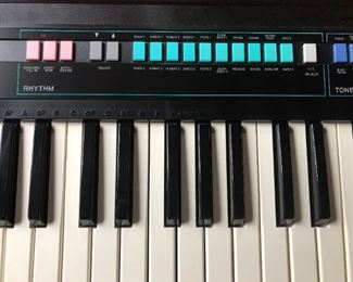 Casio Casiotone CT-380 Keyboard $145 (Photo 4/5)