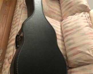 Morena acoustic guitar. New style Model C231N, in mint condition with case $500 (Photo 4/4)