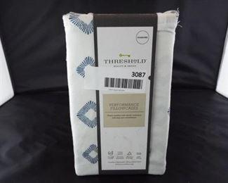 Threshold performance standard pillowcases.