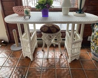 83 White Wicker Desk with Stool