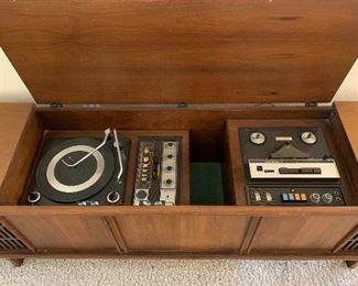 Motorola AM/FM Radio, Reel-to-Reel, Turntable Console