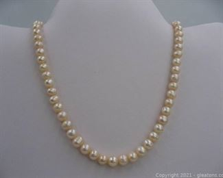 14kt Yellow Gold Strand of Freshwater Pearls