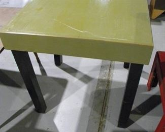 Avocado Green Table