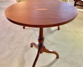 "$150 - Federal style oval tilt top table made by Copenhaver's Furniture, Winchester, Va.; 27"" H x 16"" D x 22"" W, stands 33.5"" H when stored vertically"