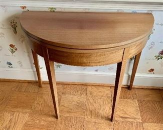 "$120 - Vintage round gateleg table made by Copenhaver's Furniture, Winchester, Va.; AS IS - significant, sun fading on top when closed. 29"" H x 35"" W x 18"" D when closed - PAINT ME!"