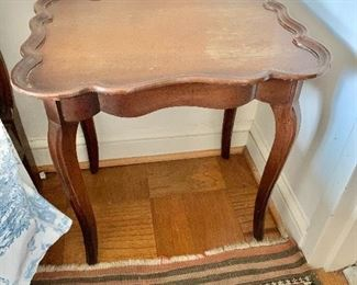 "$75 - Vintage side table - AS IS, water damage to finish, chip on the edge trim; 20.5"" x 20"" W x 16"" D - PAINT ME!"