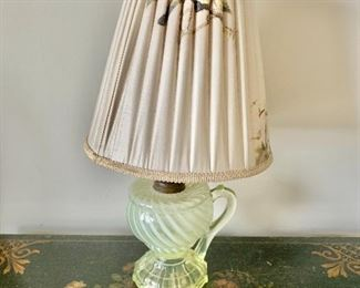 "$45 - Vintage lamp with pleated bird shade, tested and working; 14"" H with 8"" diameter shade"