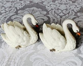 "$60 Pairt Nympenburg swans; approx 3"" (L) x 3"" (H)"